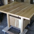 hickory-folding-table-(8)