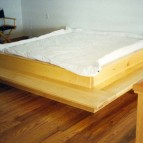maple-bed